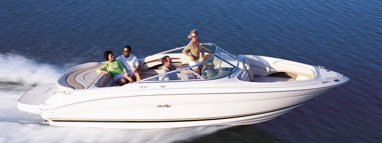 Enjoy your boat. Get your pleasure craft license today.